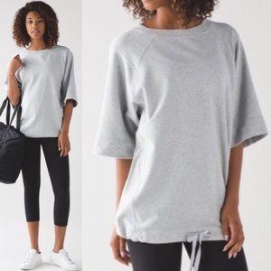 NWOT! Lululemon Gray Split Short Sleeve Top 8